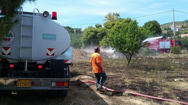Άμεση και αποτελεσματική η συνδρομή του ΣΠΑΠ με εθελοντές και βυτιοφόρο όχημα σε πυρκαγιά στην Παλλήνη