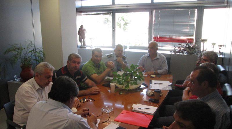 O Πρόεδρος Βλάσσης Σιώμος και στελέχη του ΣΠΑΠ στη σύσκεψη του Συντονιστικού Τοπικού Οργάνου του Δήμου Παλλήνης