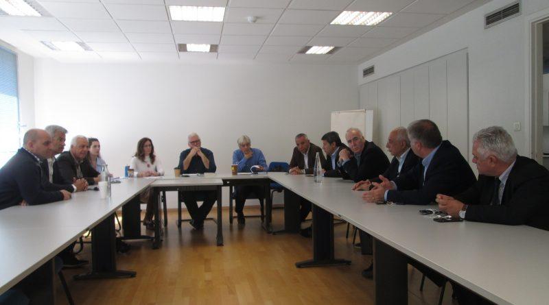 Συνάντηση του Συντονιστικού Οργάνου των Συνδέσμων Δήμων της Αττικής με το Γενικό Γραμματέα Διαχείρισης Κοινοτικών και Άλλων πόρων και συνεργάτες του Υφυπουργού Εργασίας Νάσου Ηλιόπουλου