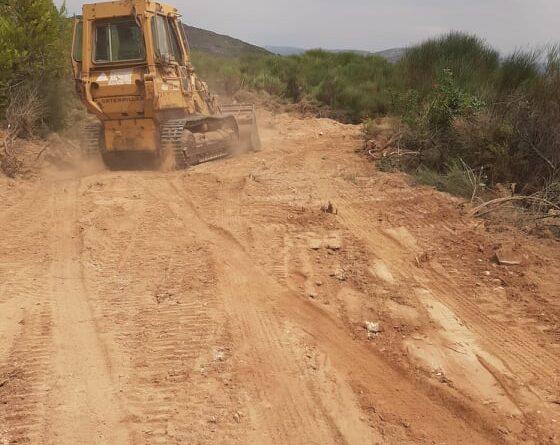 Ο Σύνδεσμος Δήμων για την Προστασία και Ανάπλαση του Πεντελικού (Σ.Π.Α.Π.) ολοκληρώνει για το 2020 τις εργασίες συντήρησης και αποκατάστασης  δασικών δρόμων στο Πεντελικό.