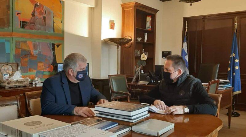 Συνάντηση με τον Αναπληρωτή Υπουργό Εσωτερικών Στέλιο Πέτσα  είχε ο Πρόεδρος του ΣΠΑΠ, Αντιπρόεδρος του Εποπτικού Συμβουλίου και Πρόεδρος της Επιτροπής Πολιτικής Προστασίας της ΚΕΔΕ Βλάσσης Σιώμος.