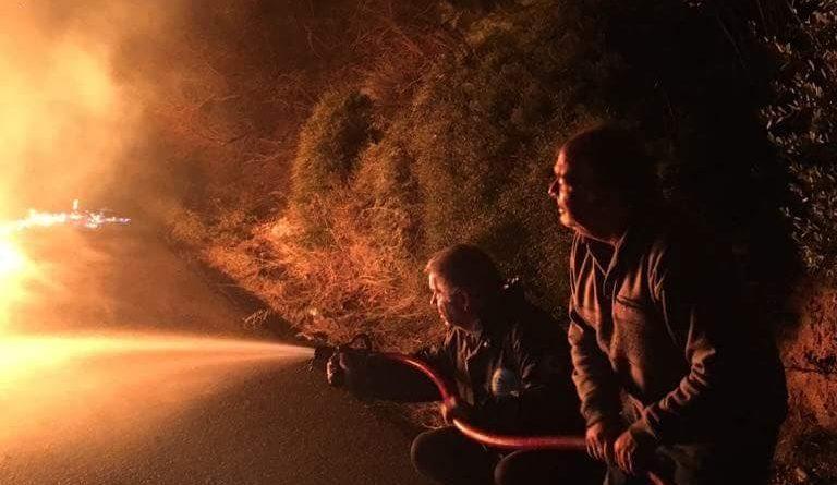 O Σ.Π.Α.Π. στην κατάσβεση φλεγόμενου αυτοκινήτου στον Κοκκιναρά