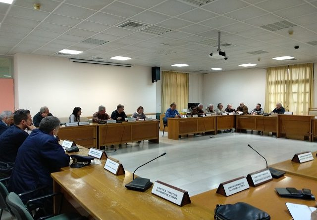 O Πρόεδρος του Σ.Π.Α.Π. Βλάσσης Σιώμος στην έκτακτη σύσκεψη του Συντονιστικού Τοπικού Οργάνου Πολιτικής Προστασίας του Δήμου Πεντέλης