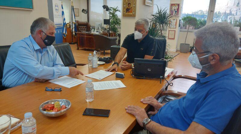Η προοπτική συνεργασίας της Περιφέρειας με τους Συνδέσμους Δήμων της Αττικής για την καλύτερη προστασία των Δασών της Αττικής στο επίκεντρο της συνάντησης του Περιφερειάρχη Αττικής Γιώργου Πατούλη με τον Πρόεδρο του ΣΠΑΠ Βλάσση Σιώμο και τον Πρόεδρο του ΠΕΣΥΔΑΠ Γρηγόρη Γουρδομιχάλη